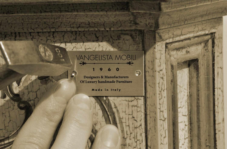 logo-targa-brand-vangelista-mobili-1960-made-in-italy-di-lusso