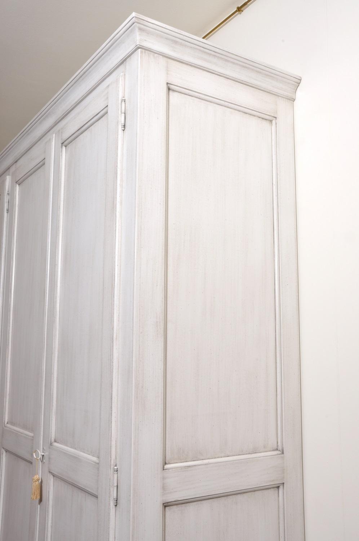 Armadio da camera di grandi dimensioni laccato bianco anticato in ...
