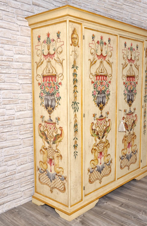 Armadio Stile Veneziano 4 Ante.Maestoso E Pregiato Armadio Finemente Decorato In Stile Veneziano