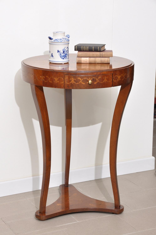 Tavolino Base Scultorea Dubai : Importante tavolino rotondo intarsiato a mano con disegni