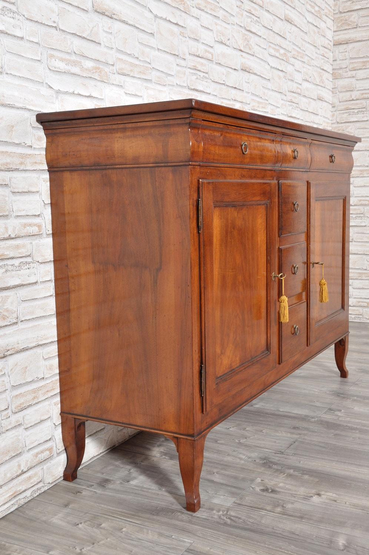 Raffinata credenza di lusso in legno di noce massello 3 for Vicentini arredi