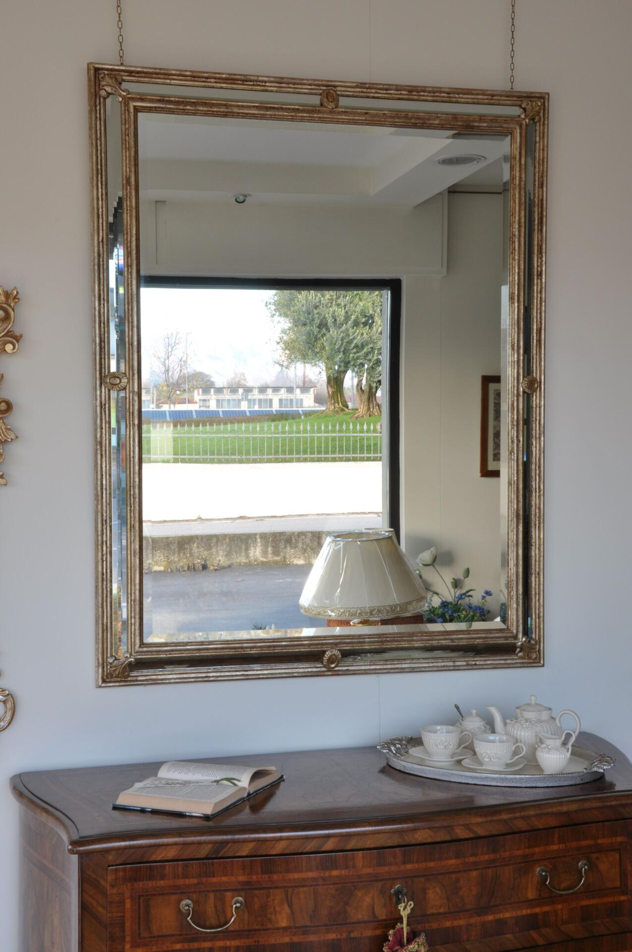 Specchiera scolpita in stile luigi xiv fiorentino mobili for Mobili luigi