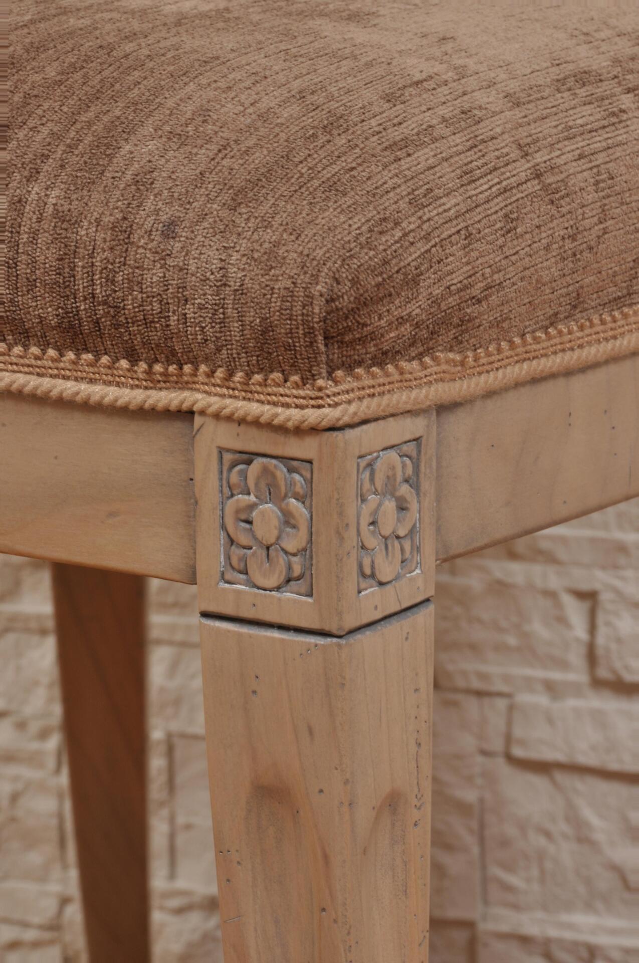 Sedia in stile primo impero legno pregiato noce sbiancato - Mobili in legno sbiancato ...