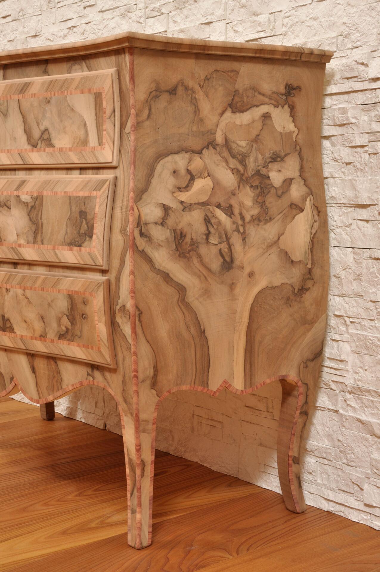 Elegante riproduzione di un com di lusso mobili vangelista for Riproduzione mobili di design