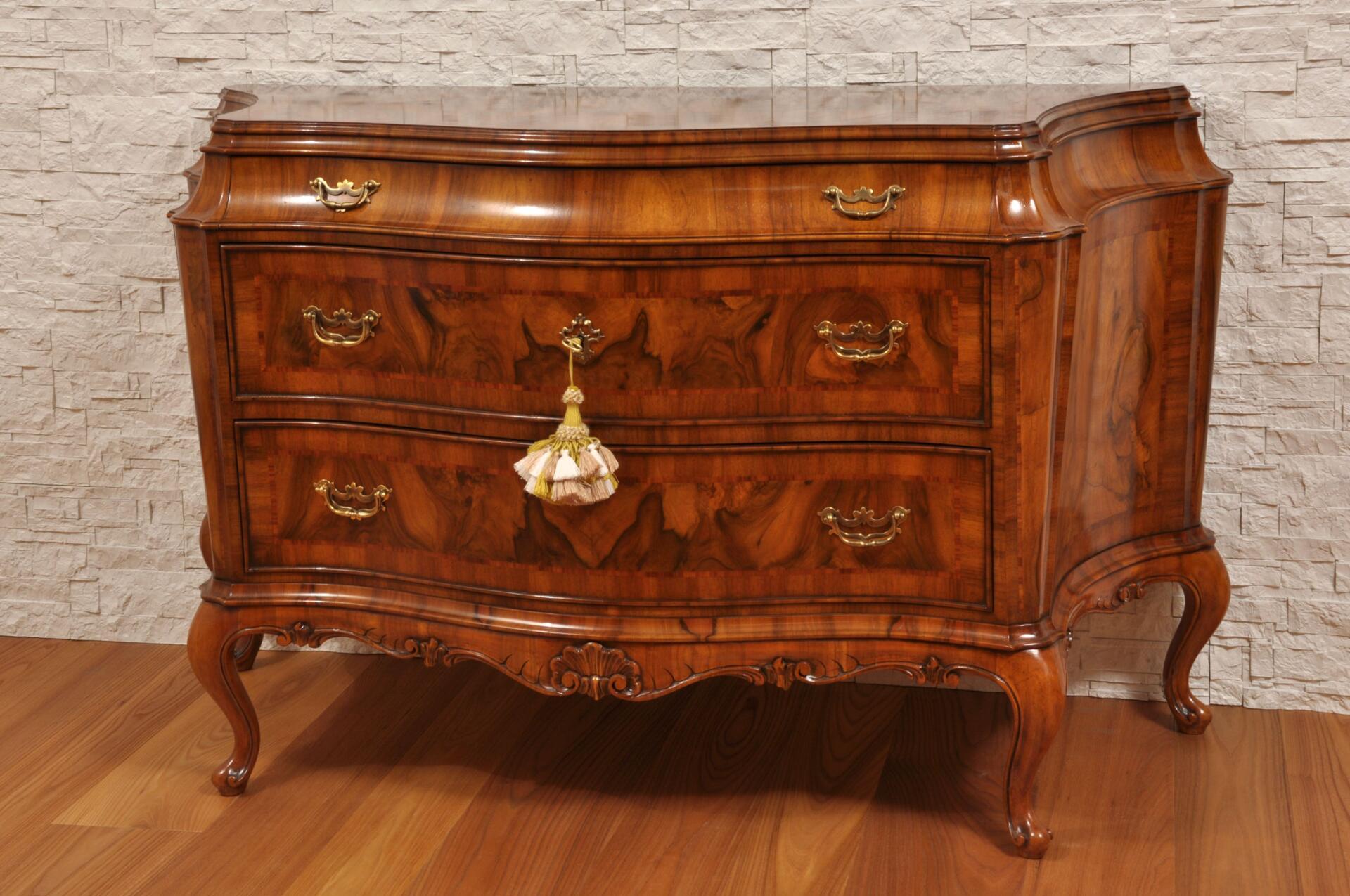 Importante e raffinato com di lusso sagomato a 3 cassetti - Stile barocco mobili ...
