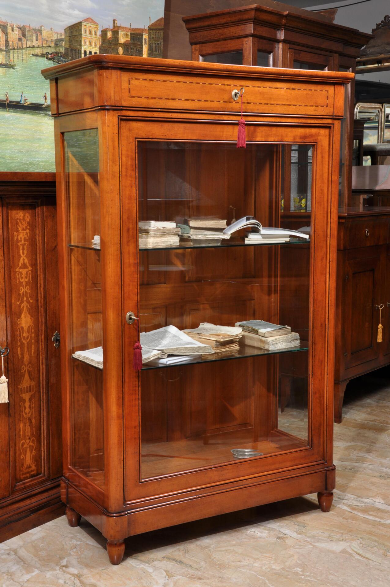 Vetrina libreria ad una anta realizzata in stile luigi xvi transizione 39 800 ad una anta e un - Mobili luigi xvi prezzi ...