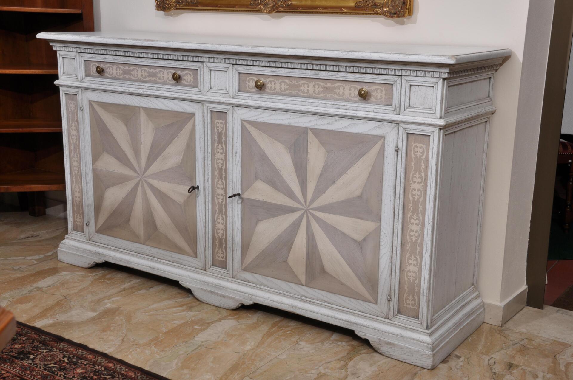 Credenza di lusso bicolore in rovere massello con intarsi riprodotti a mano in stile 600 - Mobili stile toscano ...