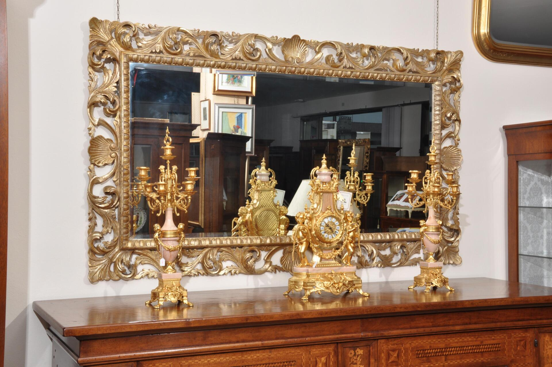 Specchiera di lusso riprodotta in stile barocco 39 700 - Mobili stile barocco ...