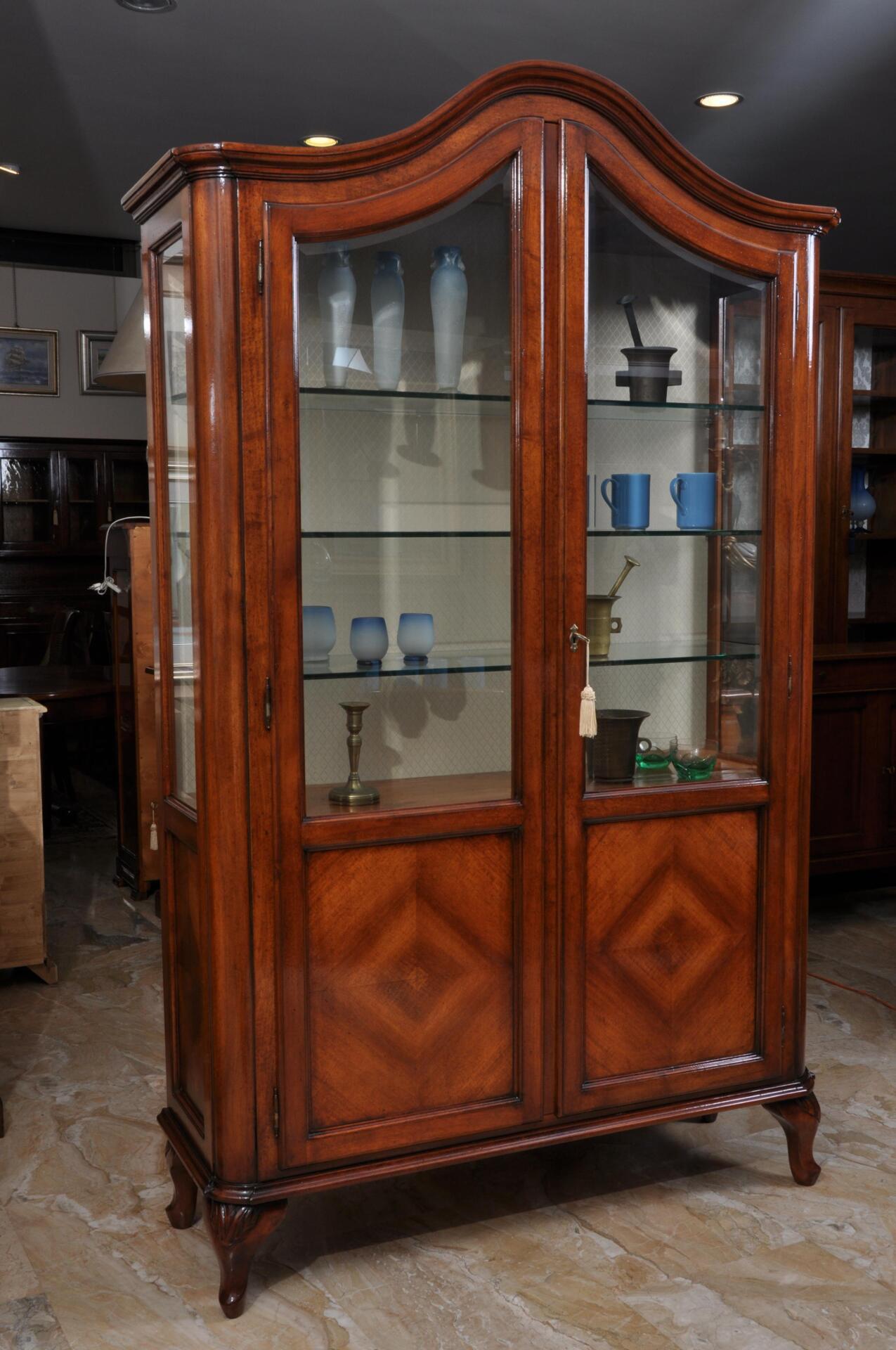 Vetrina libreria in stile luigi filippo a due ante con for Mobili luigi