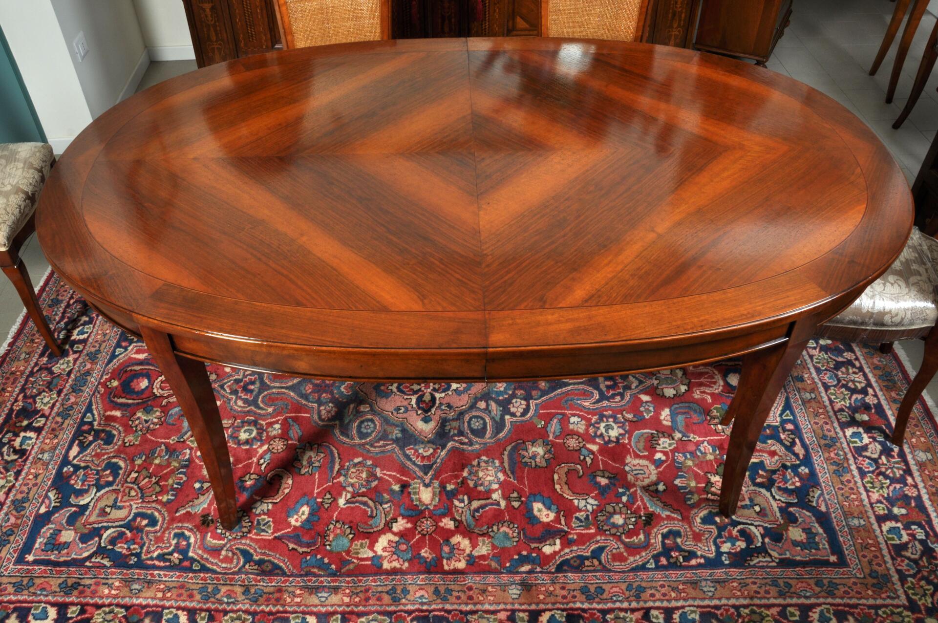 Tavolo ovale intarsiato estensibile mobili vangelista - Tavoli da arredo ...