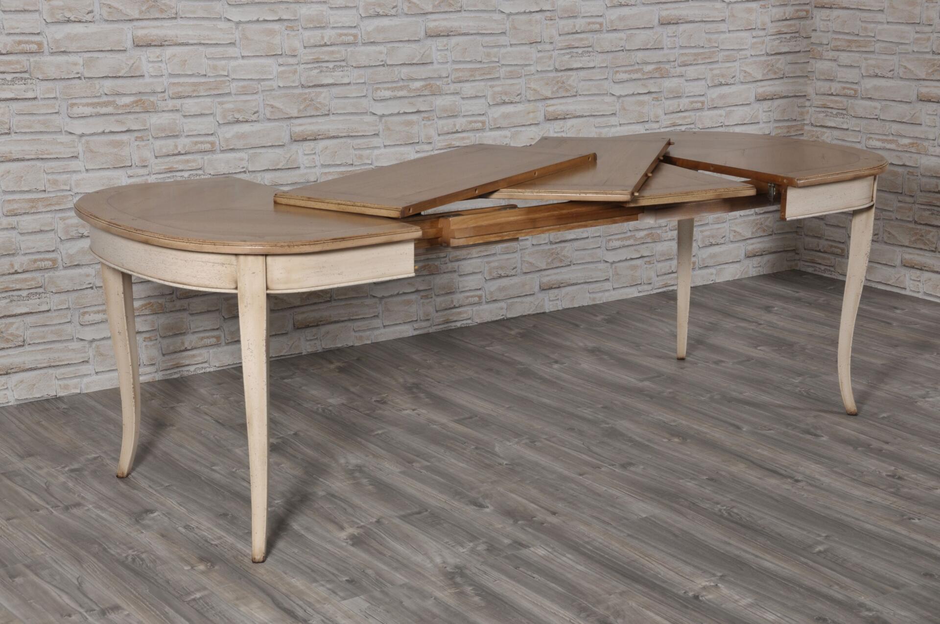 Piccolo tavolo ovalino a forma di botte, stile '700 Asolano Veneto
