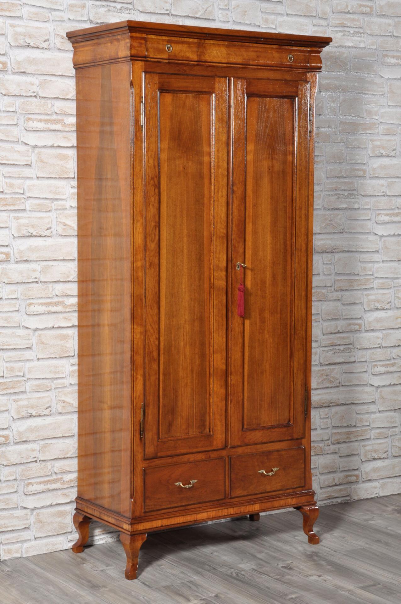 Armadio – dispensa di lusso a 2 ante costruito in legno di noce ...