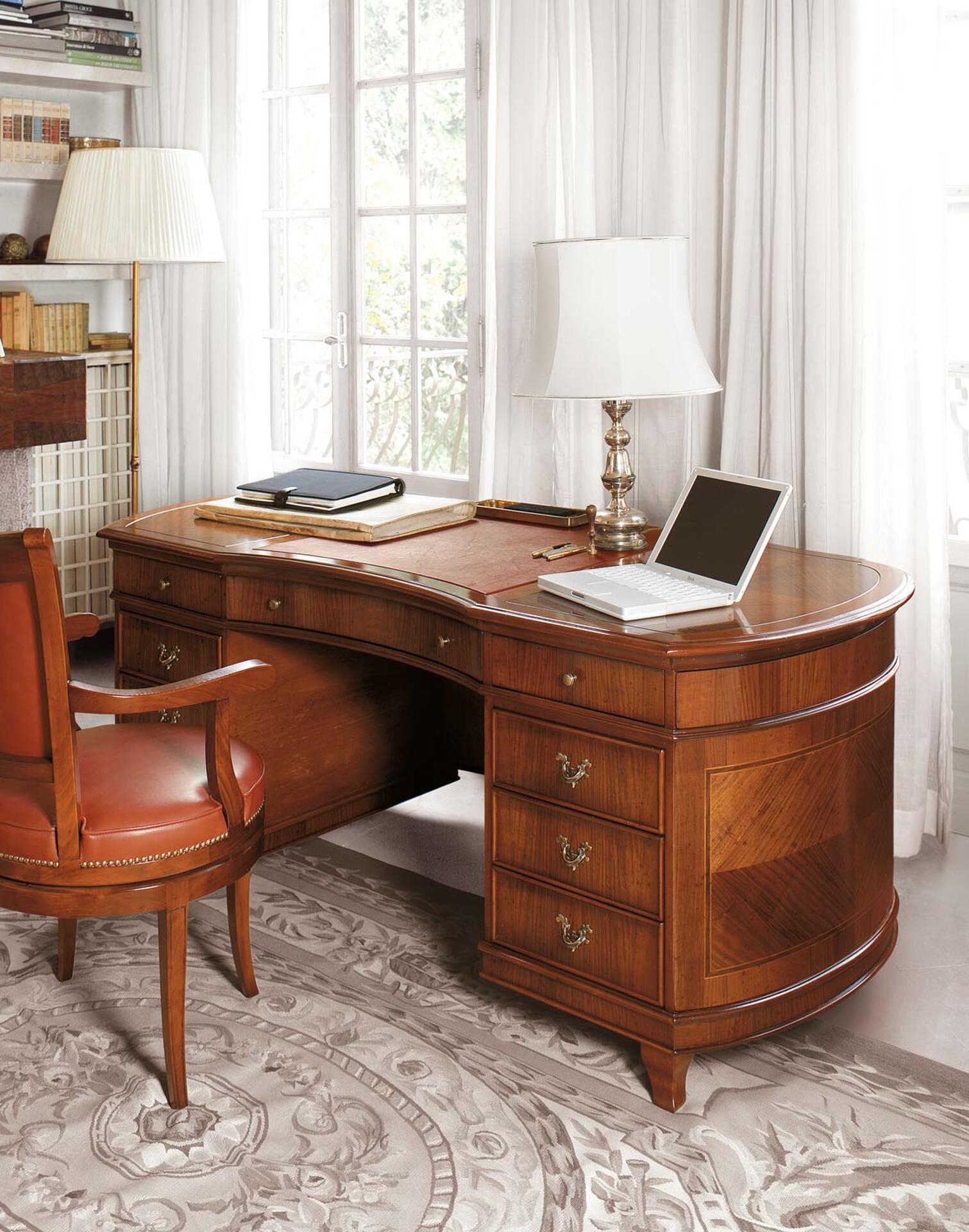 scrivania da studio sagomata a fagiolo e intarsiata a