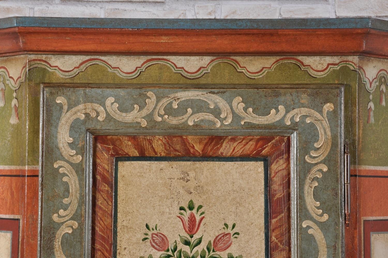 lussuose decorazioni prodotte dal modello d'epoca del 600 fatte a mano su misura per importanti case e residenze di montagna con disegni floreali e barocchi