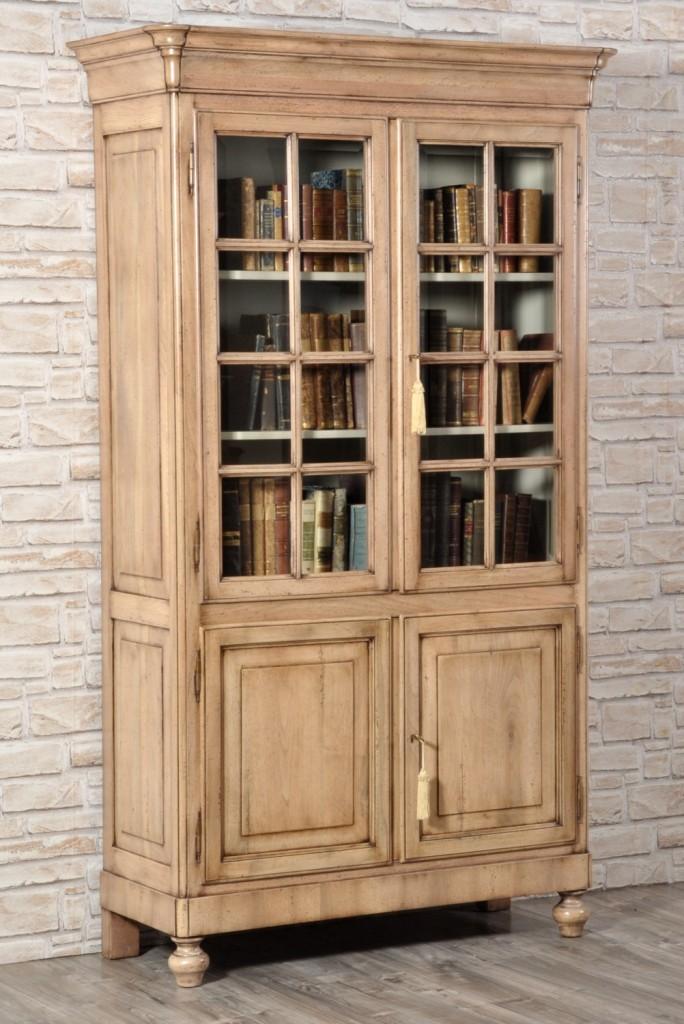 Credenze con alzata e cristalliere archivi mobili vangelista for Mobili in inglese