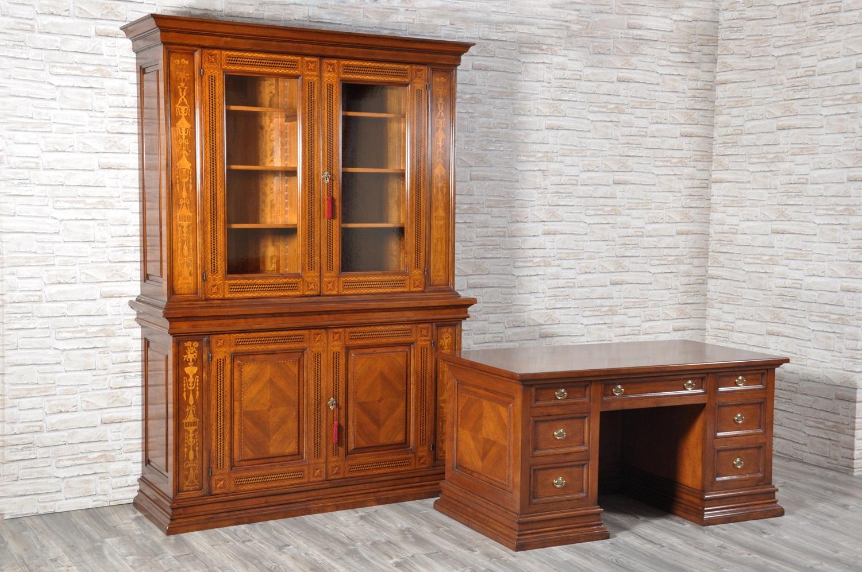Importante e pregiata libreria cristalliera intarsiata for Mobili 600 toscano