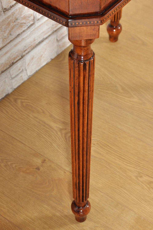 lavorazioni di lusso delle gambe tornite e scanellate a mano in essenza pregiata di noce massello riproduzione artigianale delle botteghe inglesi del ottocento