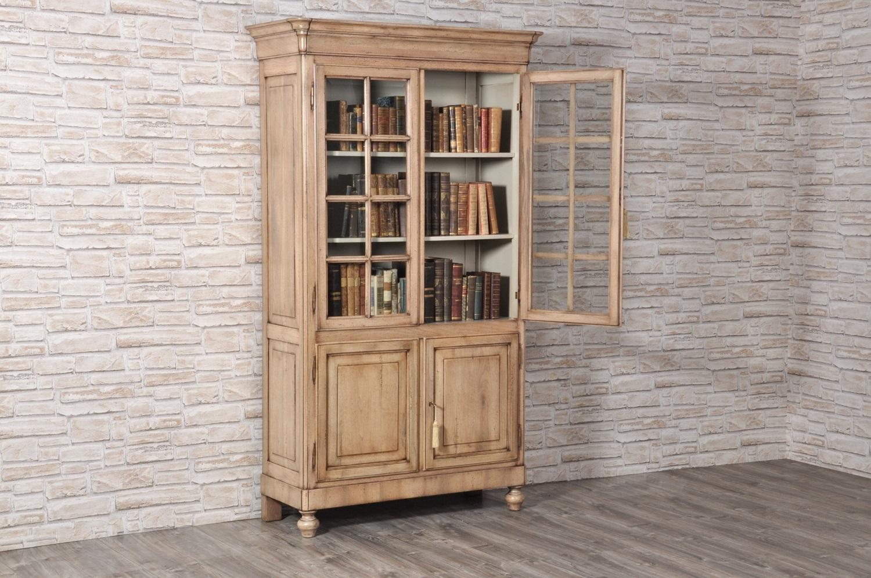 vetrina libreria di lusso made in Italy riprodotta dal manufatto originale risalente alla metà del ottocento in essenza pregiata di noce massello fatta a mano in stile inglese vittoriano