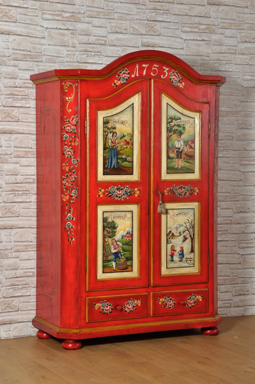 armadio decorato a mano con le 4 stagioni tirolesi pitture di alta qualità tipiche degli arredi di montagna in stile classico barocco le due ante sono sagomate con 2 cassetti