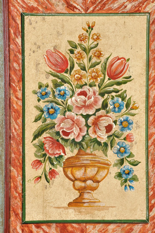 decorazioni con vasi di fiori ante armadio riprodotto a mano in stile barocco tirolese
