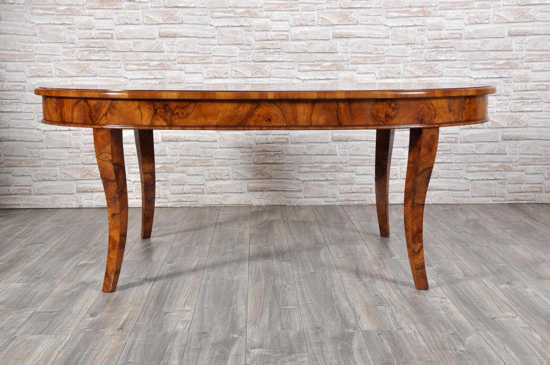 Grande tavolo ovale di lusso intarsiato in radica e bois for Tavolo legno intarsiato