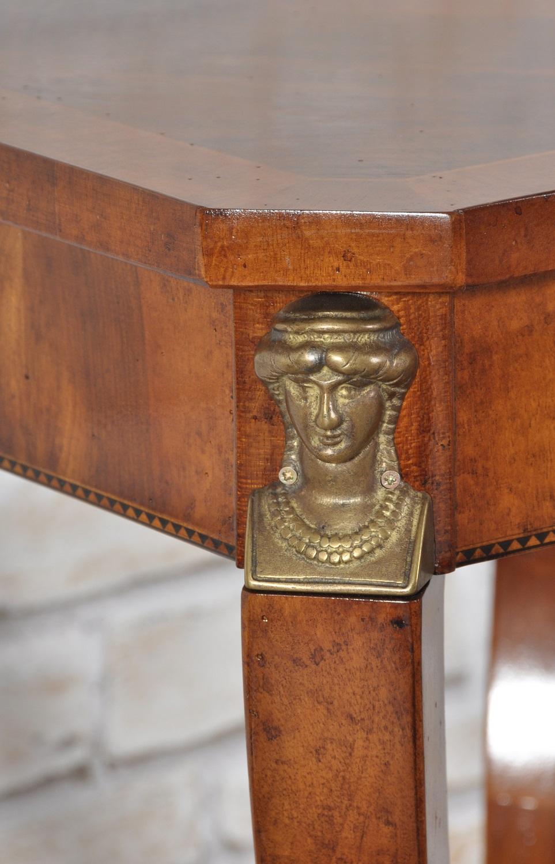Tavolini Da Salotto Classici Foglia Oro.Tavoli E Tavolini Da Salotto Archivi Mobili Vangelista