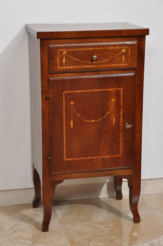 Comodini archivi mobili vangelista for Mobili stilizzati