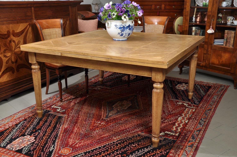 Grande tavolo quadrato allungabile con gambe tornite - Tavolo grande legno ...
