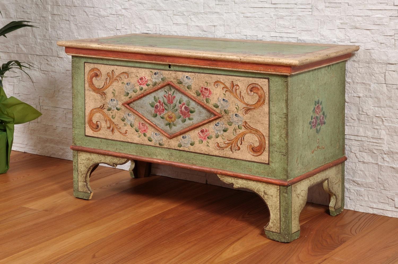 Cassapanche archivi mobili vangelista - Cassapanca decorata ...