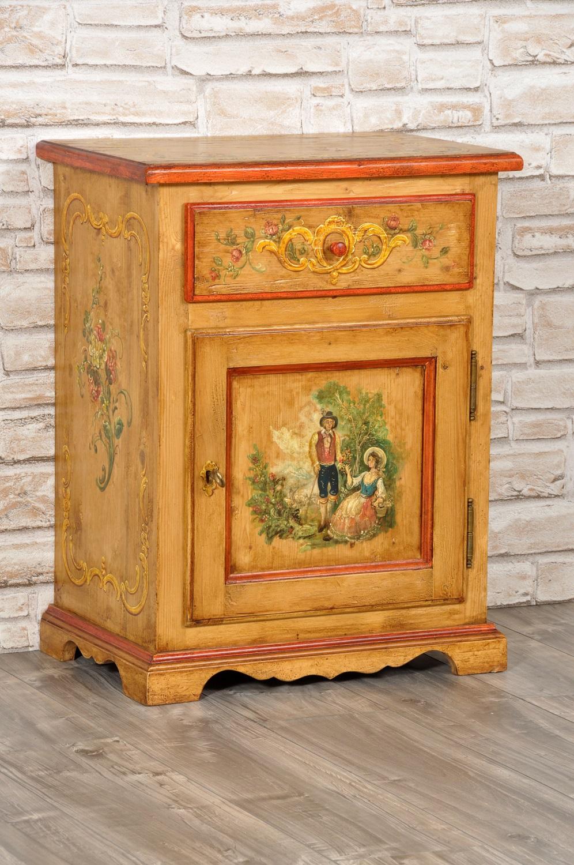 comodino una anta un cassetto in legno di abete antico fatto e decorato a mano