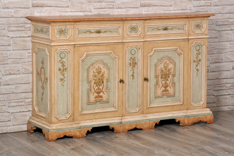 Importante credenza veneziana luigi xiv con cassetti for Disegni di mobili contemporanei