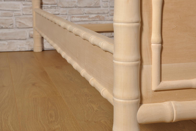 Importante letto bamboo singolo prodotto in stile - Pediera del letto ...