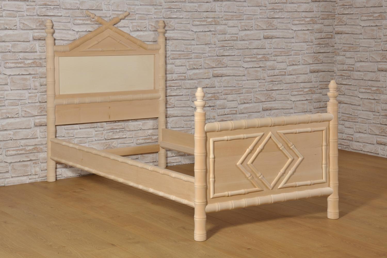 Importante letto bamboo singolo prodotto in stile coloniale impero vittoriano inglese tornito - Mobili in stile coloniale ...