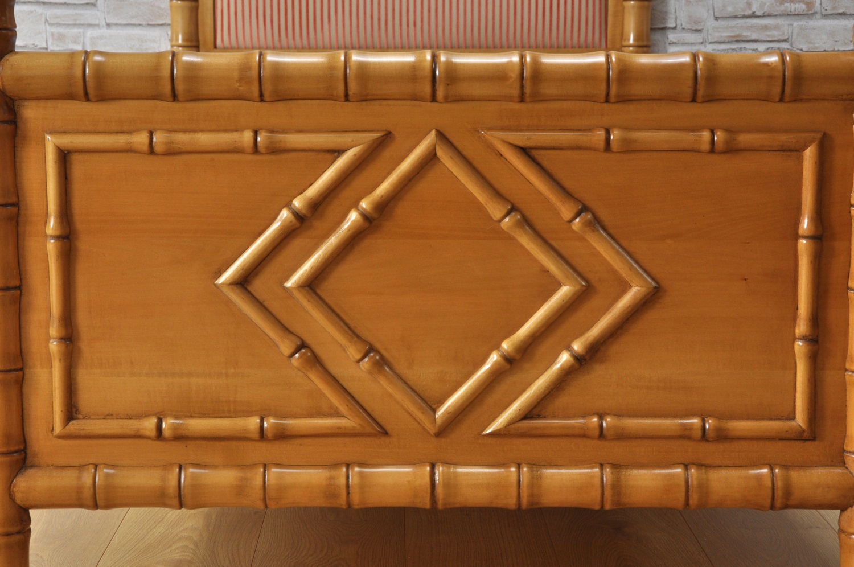pediera del letto singolo realizzato come il manufatto originale in stile inglese coloniale bamboo arredo riprodotto su misura per prestigiose camere da letto di importanti residenze riproduzione del 1700