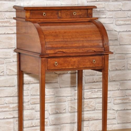 Scrivanie archivi mobili vangelista for Piccole scrivanie