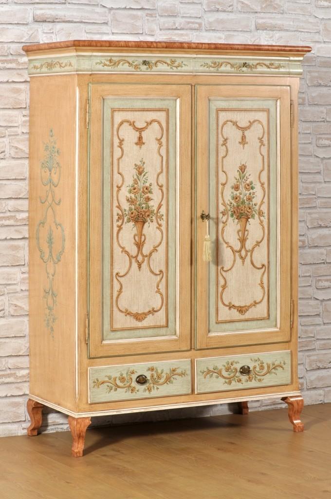 armadio dispensa 2 amte 2 cassetti dipinto in stile classico barocco settecento veneziano Luigi XV pitture di alto valore artigianale eseguite a mano su misura