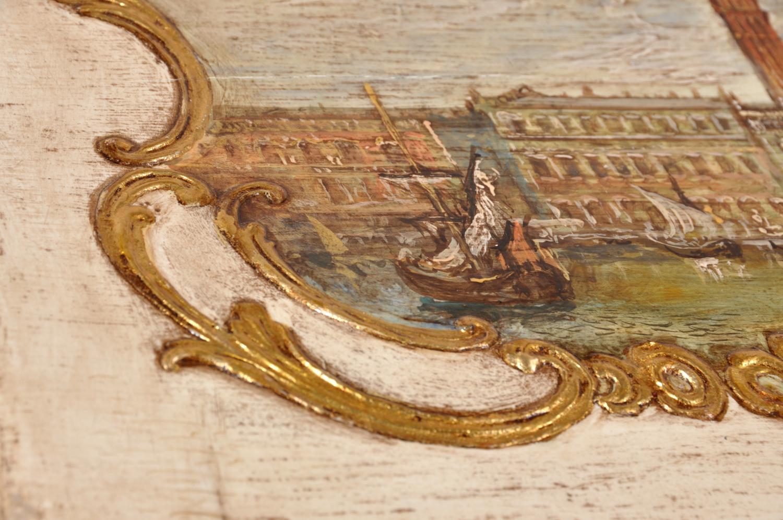 bureau secretaire con ribalta decorato in foglia oro in pastiglia stile classico settecento barocco veneziano gambe alte mosse e intagliate a mano su misura